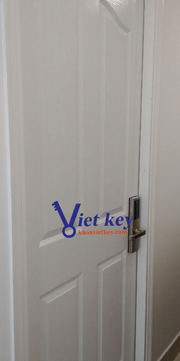 khóa thẻ từ phg kr8161