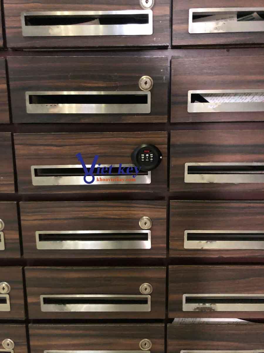 Lắp Đặt khóa Tủ Mã Số Real (Camlock) Tại Novaland Icon 56 - Bến Vân Đồn