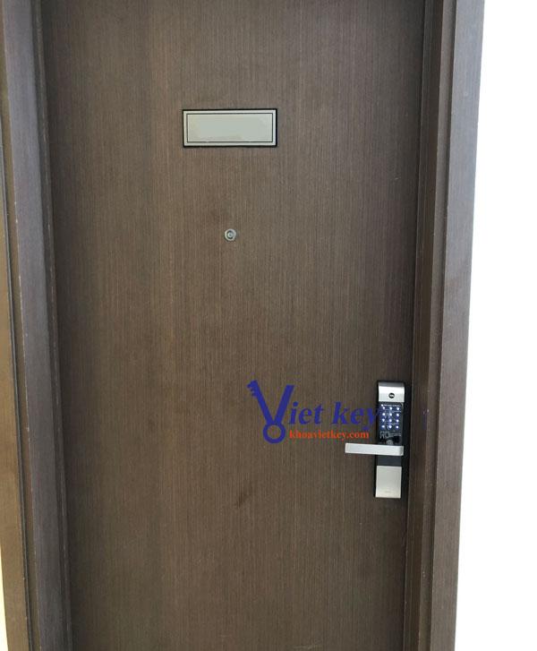 lắp đặt khóa điện tử yale ydm3109+