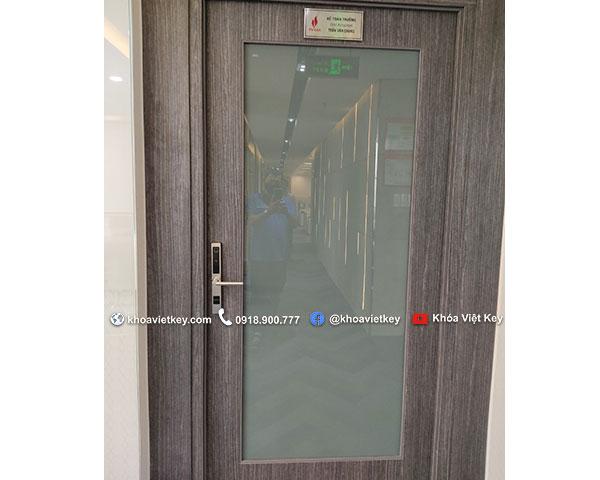 lắp đặt khóa điện tử denso lock vk01 tại quận 7 hcm