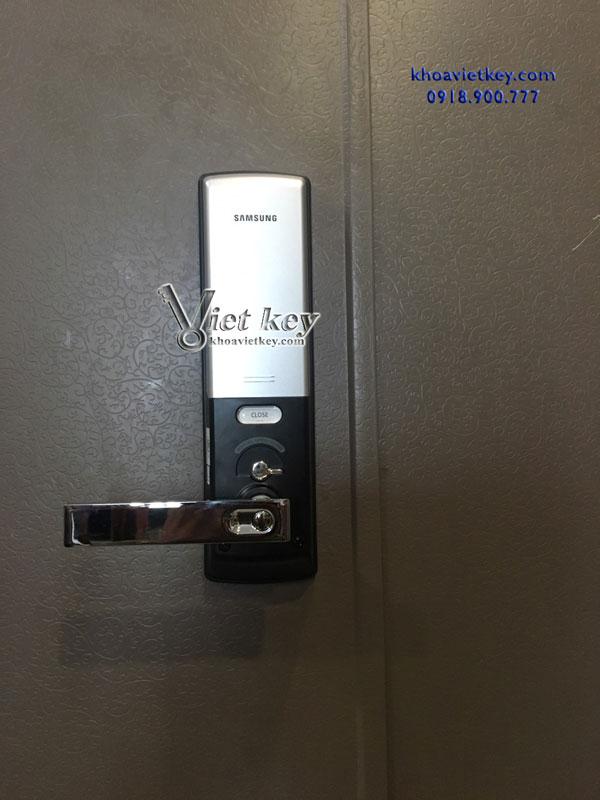 thợ lắp đặt khóa điện tử samsung shs h505 giá rẻ